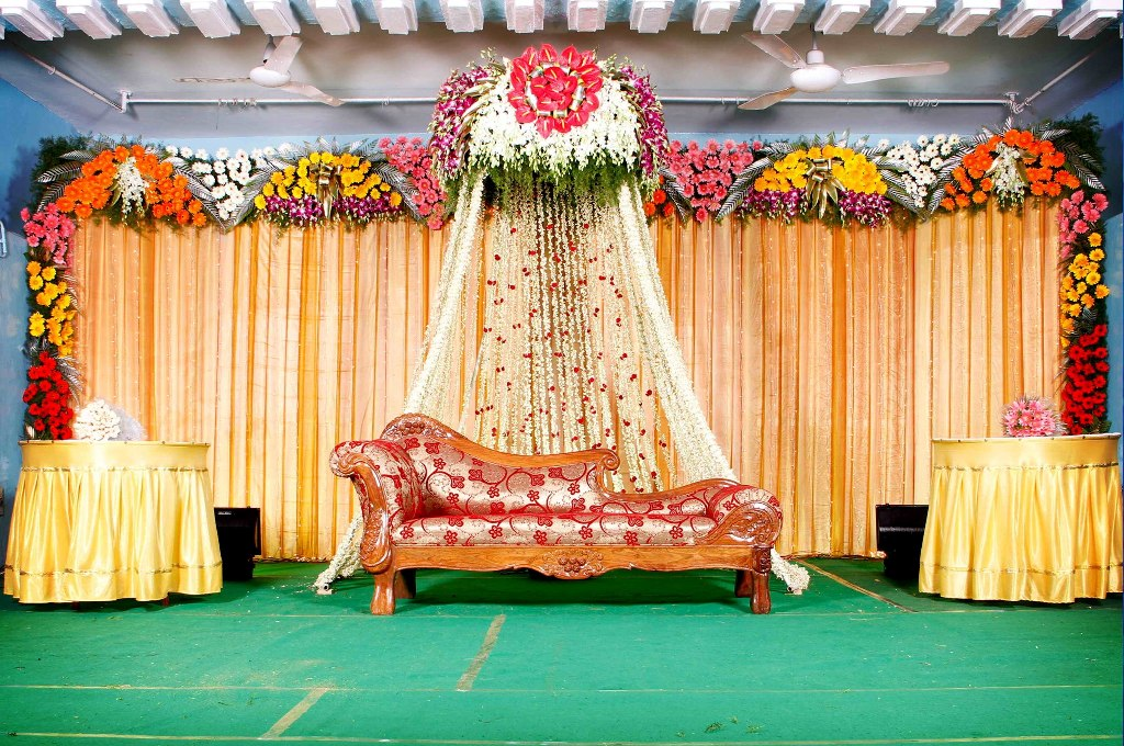 Mehndi Decoration At Home With Flowers : Mehndi night somel